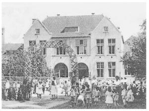 schoolgebouw_vroeger